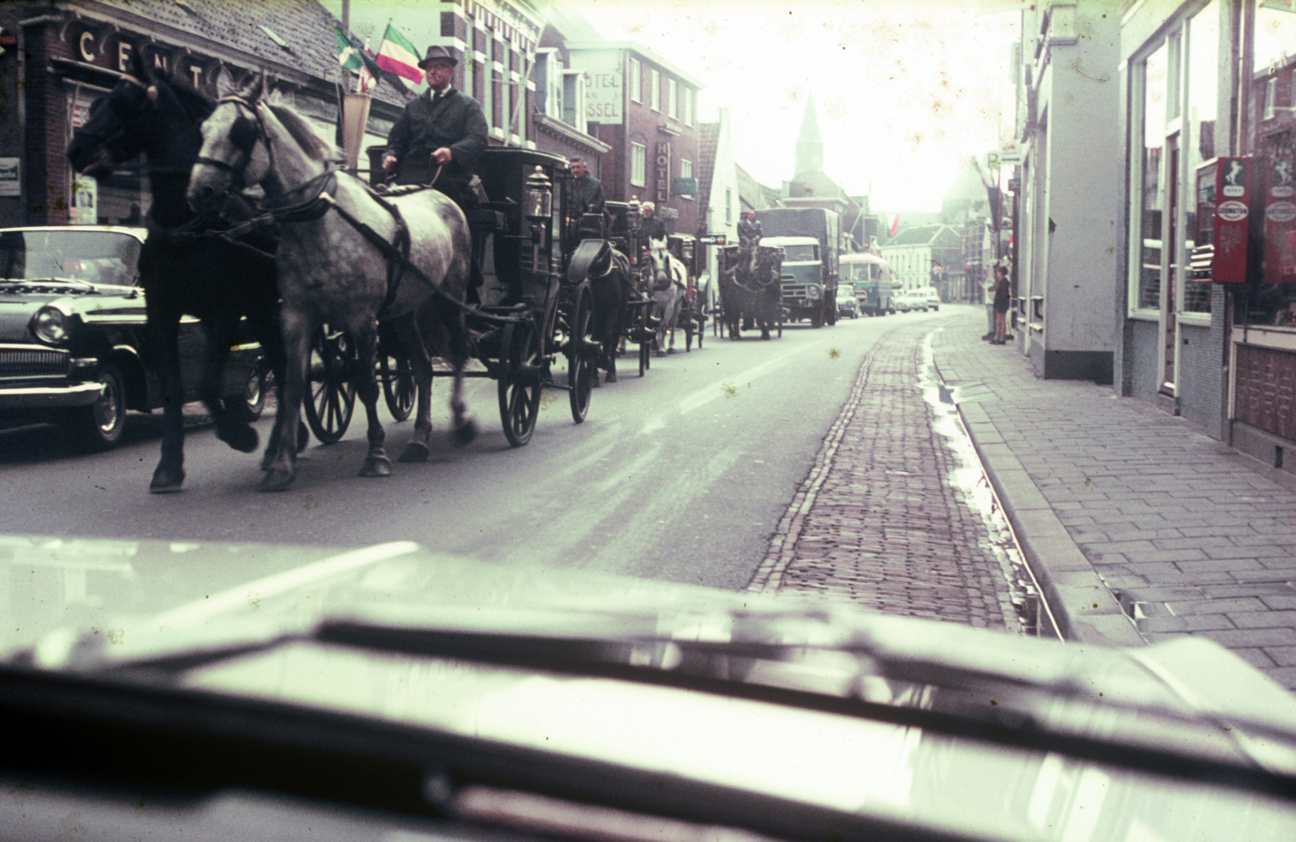 Driving thru Brussels