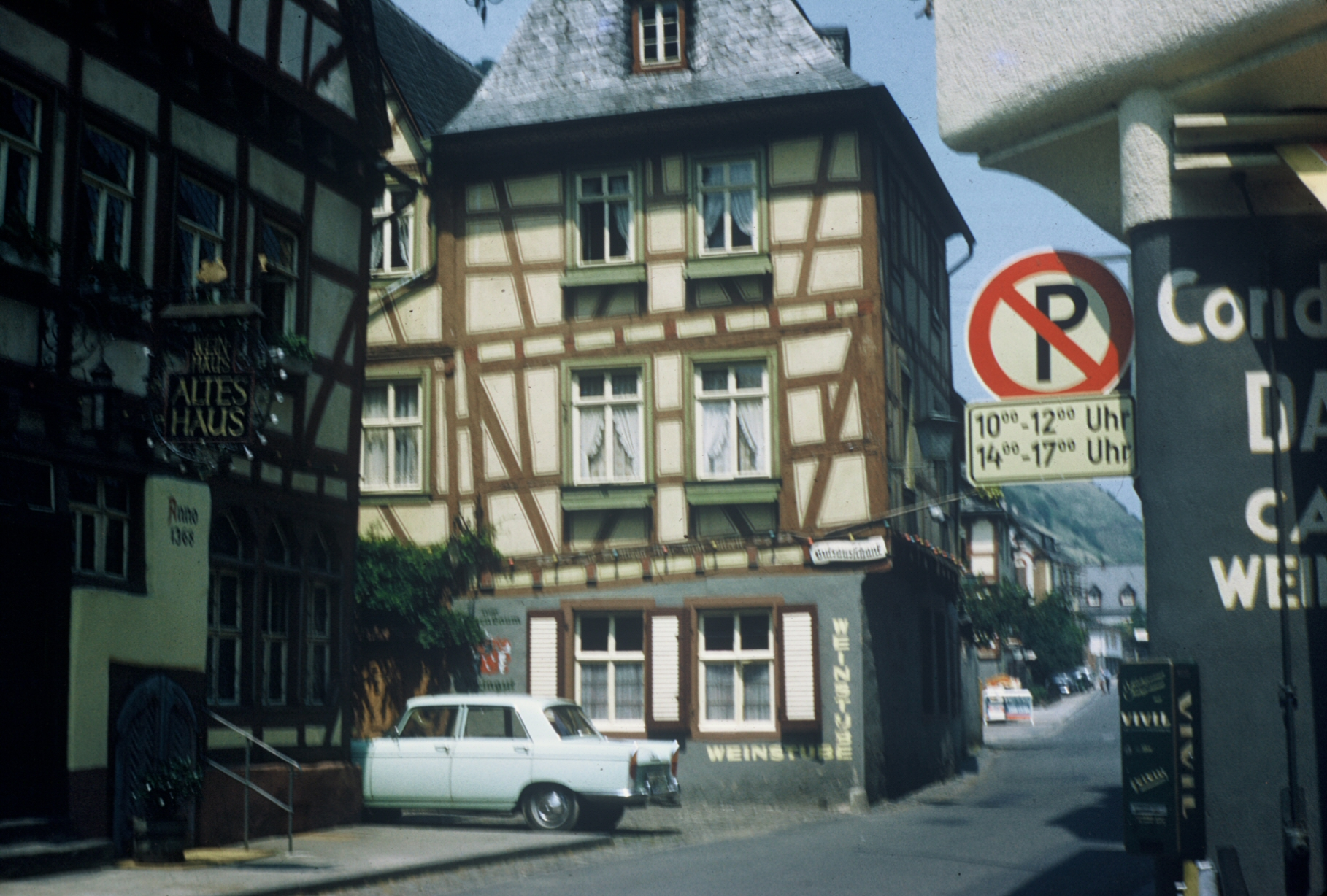 Winehaus near Rhine